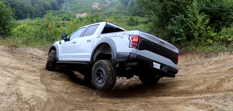 Ford Raptor 2017 (7).png